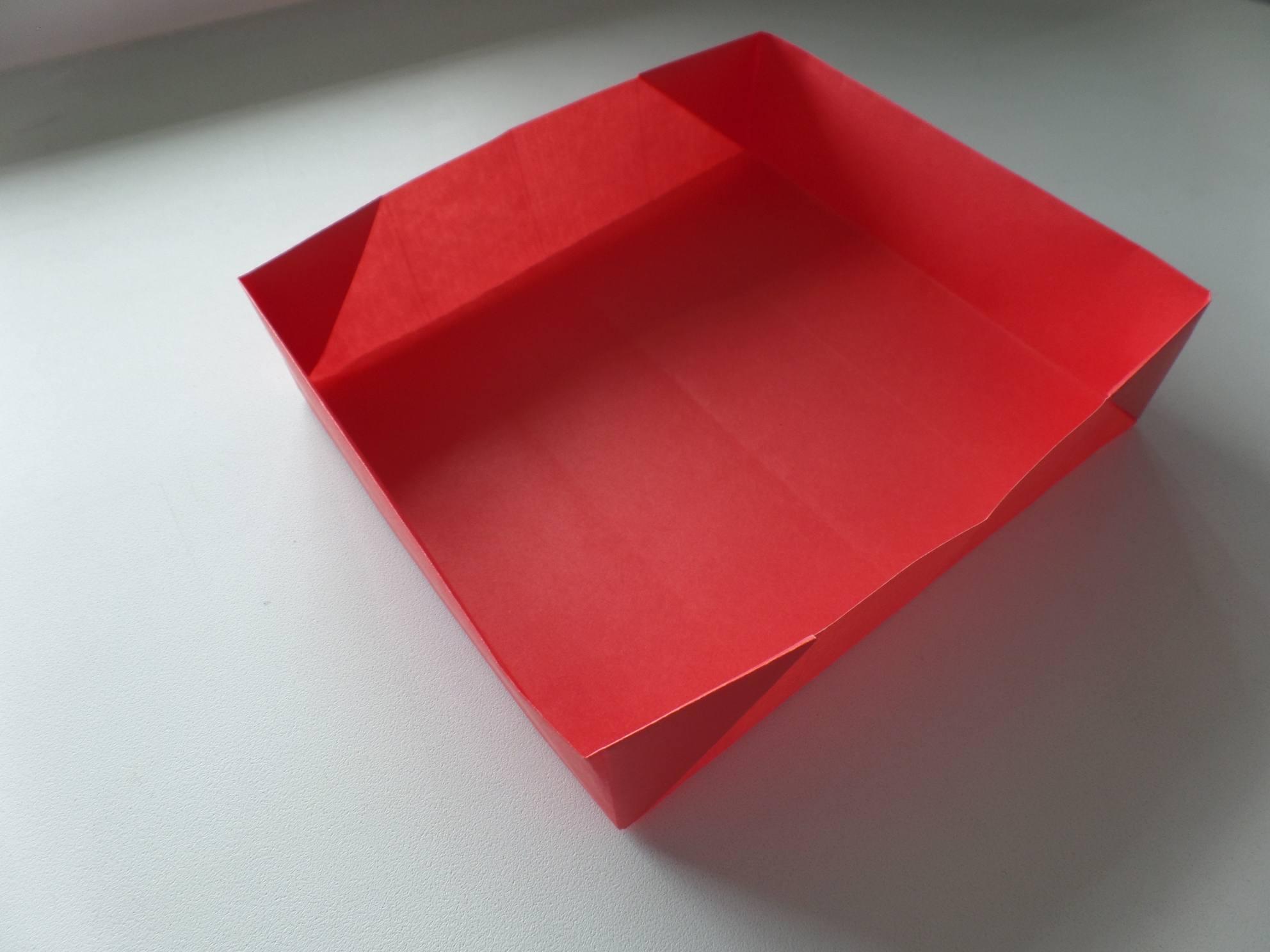 тарелка из бумаги